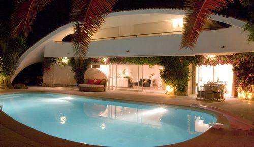 Villa Oxygen