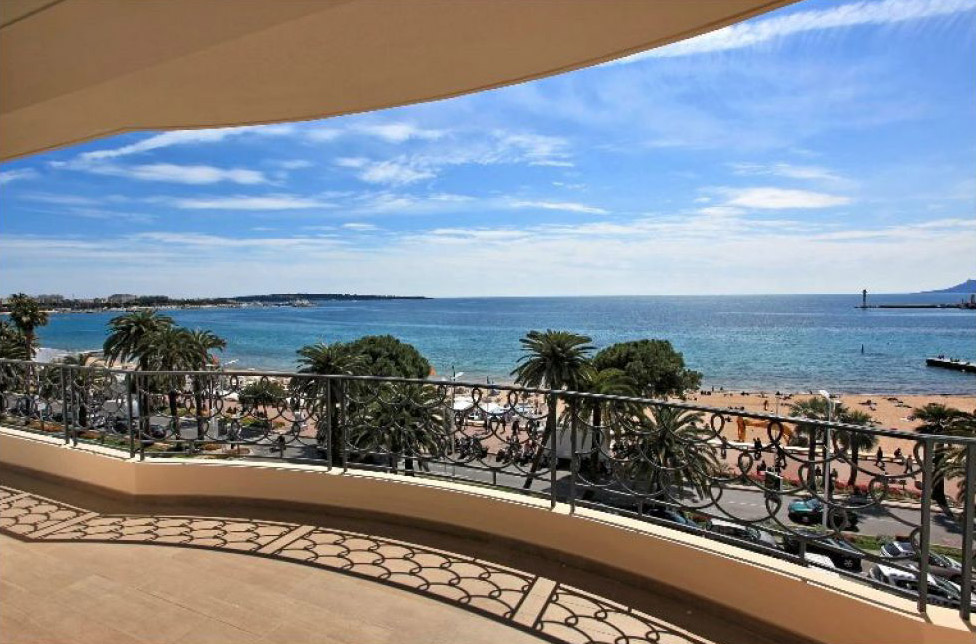 Cannes Croisette Deluxe