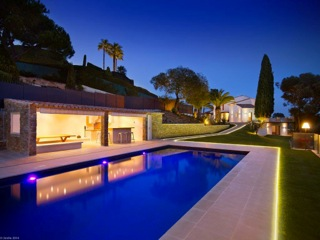 Super Cannes Villa