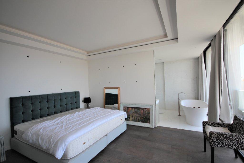 Croisette Palm Beach Villa