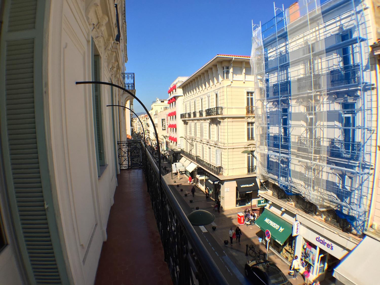 The rue d'Antibes